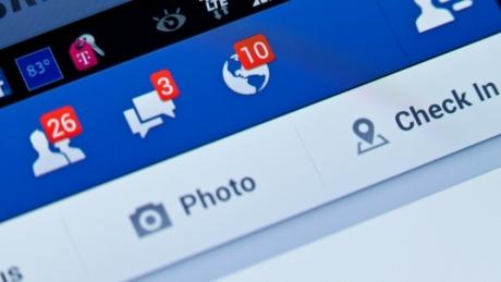 Facebook bate Coca Cola, Toyota si Bank of America. Like?