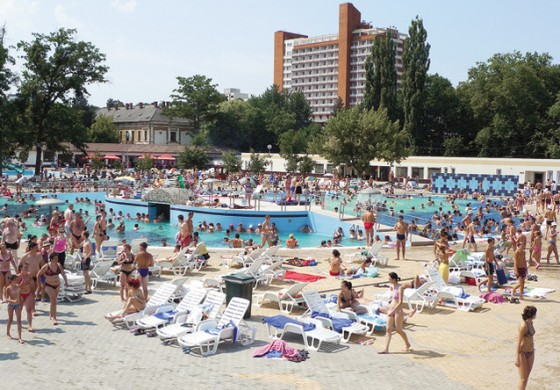Turism Baile Felix (TUFE), randament la dividende de 2,18%