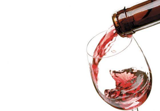 Topul celor mai bune vinuri rose de 4 si 5 stele, conform ghidului care reuneste cele mai bune vinuri din Romania si Republica Moldova