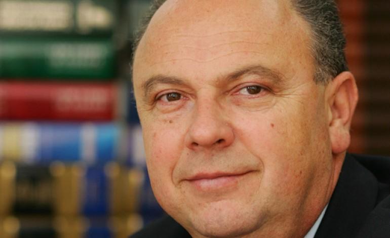 Fondatorul casei de avocatura Zamfirescu Racoti Partners a cumparat 100.000 de actiuni Petrom