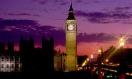 O iesire a Marii Britanii din UE ar conduce la un declin de 10% al Bursei de la Londra