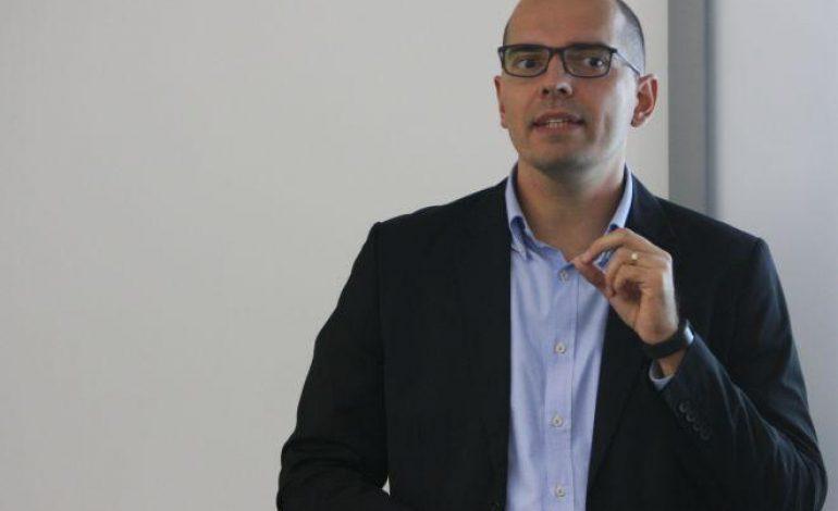 Aurel Bernat: Ca administrator, votez pentru actiuni. Suntem optimisti si pentru finalul acestui an si pentru 2017