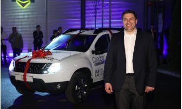 Un investitor de 37 ani a castigul primul concurs de tranzactionare BVB rasplatit cu un SUV Duster