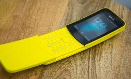 Concurs pentru cei originali: dau un telefon Nokia 8110. Vezi ce trebuie să faci