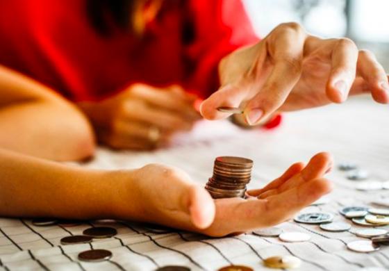Îmbunătățește-ți relația cu banii în 60 de zile