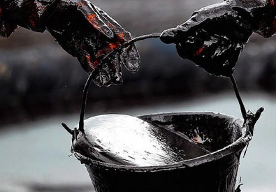 Cum pot rusii sa provoace scumpirea petrolului