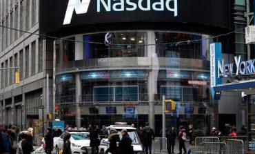 """Actionarii bursei de valori sunt chemati sa aprobe """"mutarea sediului social in alt loc"""" si dividende cu randament de 3%"""