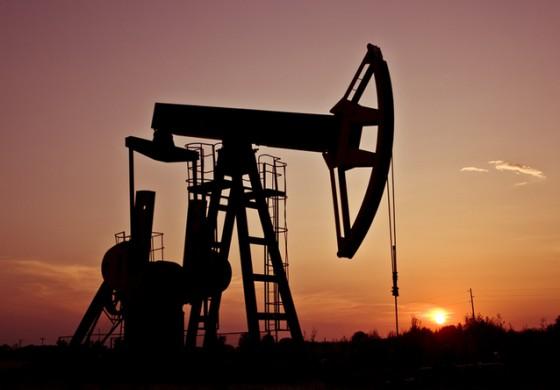 Petrolul ar putea ajunge in scurt timp la 50 de dolari barilul