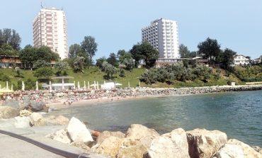 Vremea le ajuta: actiunile Turism, Hoteluri, Restaurante Marea Neagra au un plus de 11% de la inceputul anului si o crestere de 50% fata de iulie 2015