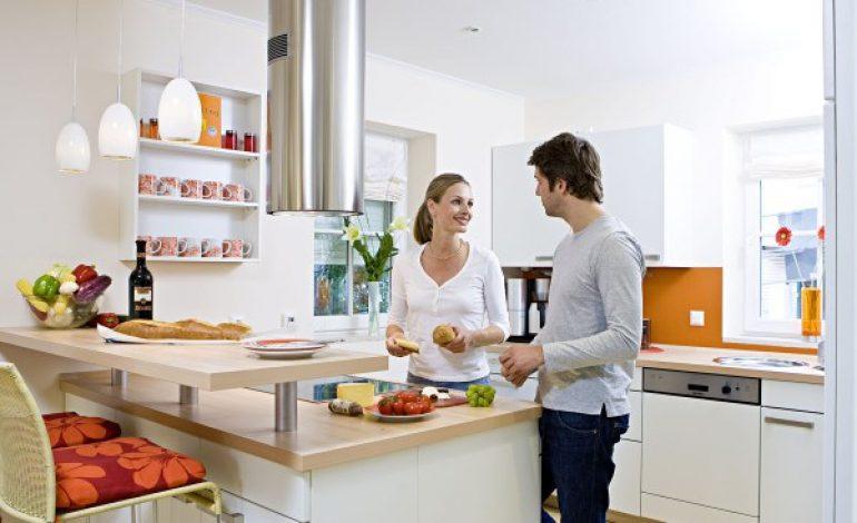 Reduceri la frigidere, masini de spalat, aspiratoare, masini de paine, cuptoare cu microunde si cafetiere