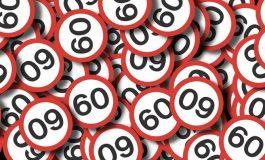 Limita de viteza in interiorul localitatilor, marita la 70 de km/h pentru autoturismele de categoriile A si B