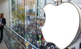 Berkshire Hathaway cumpara masiv actiuni Apple si ale companiilor aeriene