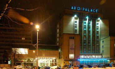 Hotelul Aro Palace din Brasov, unul dintre cele mai mari hoteluri de 5 stele din afara Bucurestiului, schimba bursa