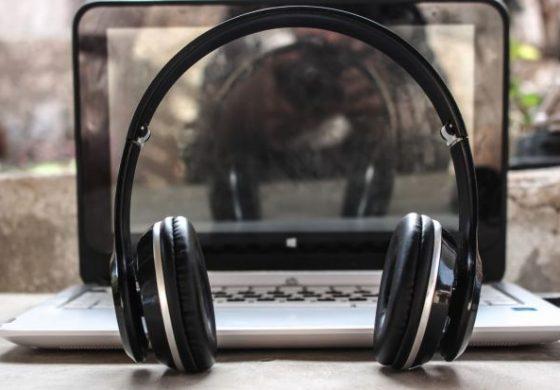 Top 5 cele mai bune căști wireless pe care le poți găsi de Black Friday